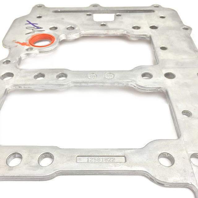 Cadillac DTS Deville GM Engine Oil Distribution Manifold